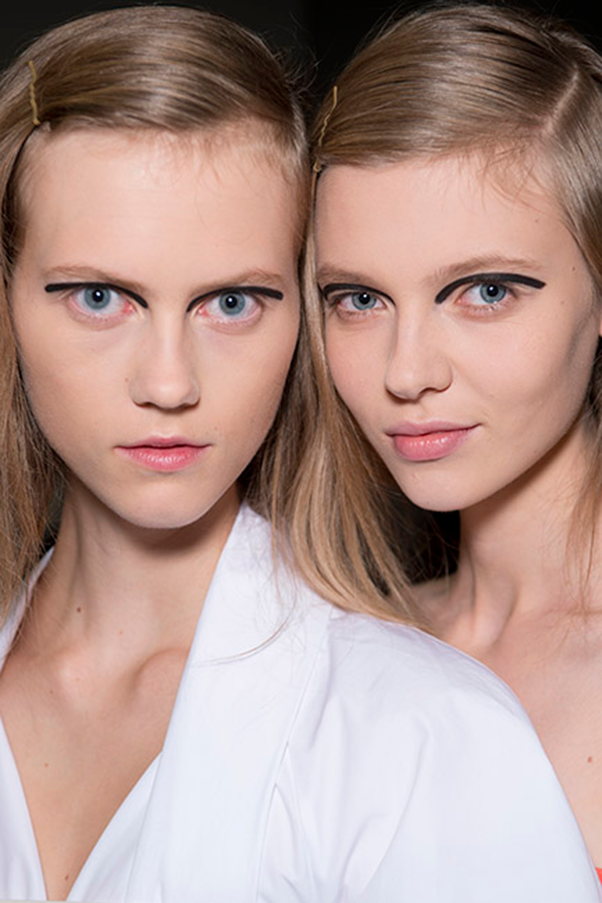 <strong>FENDI</strong><br><br> Skin was velvety smooth and flawless, and allowed for models' bold black-lined lids to do all the talking.