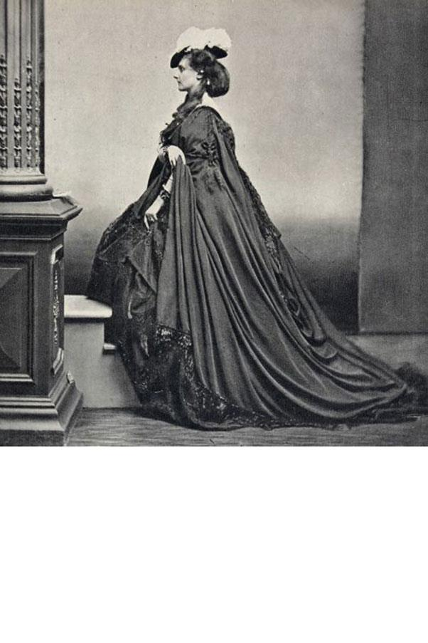 <strong>5. COUNTESS OF CASTIGLIONE (1837-1899)</strong><BR><BR> <strong>Known For:</strong> The mistress of Emperor Napoleon III of France. <strong>Signature Style:</strong> Crinolines nearly too wide to fit through a door, bonnets, and masks. <strong>Why We Love Her:</strong> She was one of the first people to use photography as a form of art and sat for portraits in which she (gasp!) revealed her bare legs and arms.