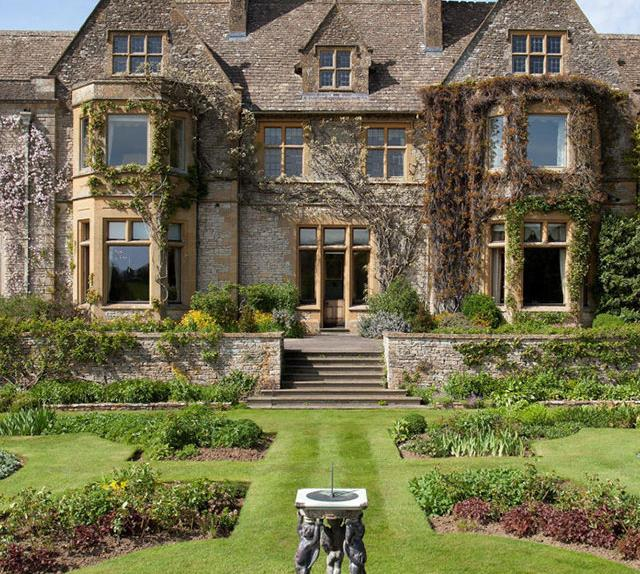 beckhams rumoured country home
