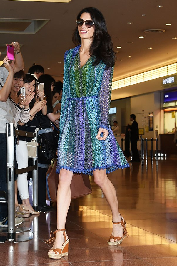 <strong>1. A chic but comfortable sandal:</strong><br><br> Amal Clooney