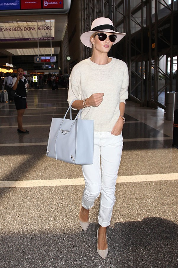 <strong>3. A fedora:</strong><br><br> Rosie Huntington-Whiteley