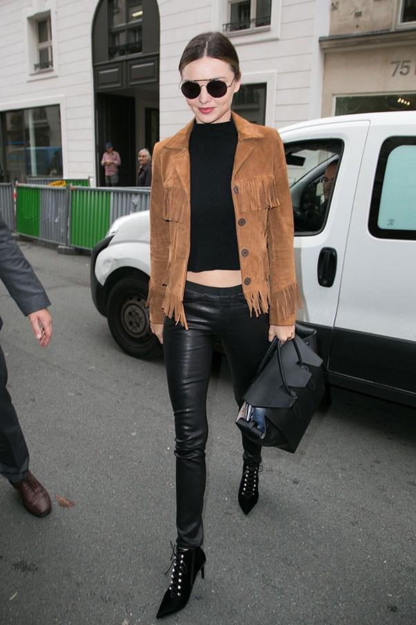 <strong>9. Sunglasses</strong><br><br> Miranda Kerr