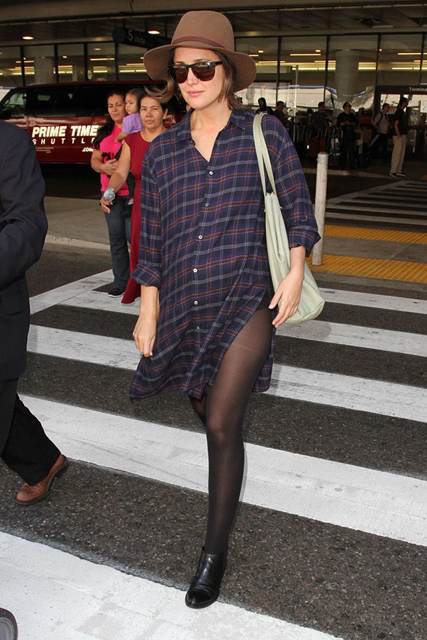 <strong>3. A fedora:</strong><br><br> Rose Byrne