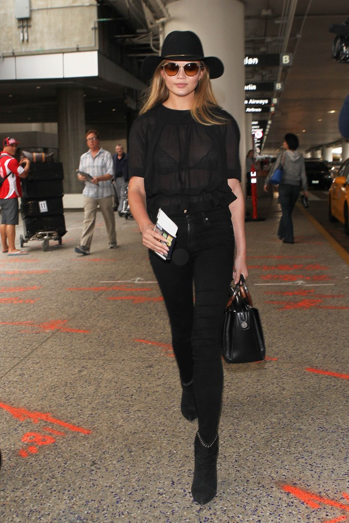 <strong>5. Anything (and everything) black</strong><br><br> Chrissy Teigen