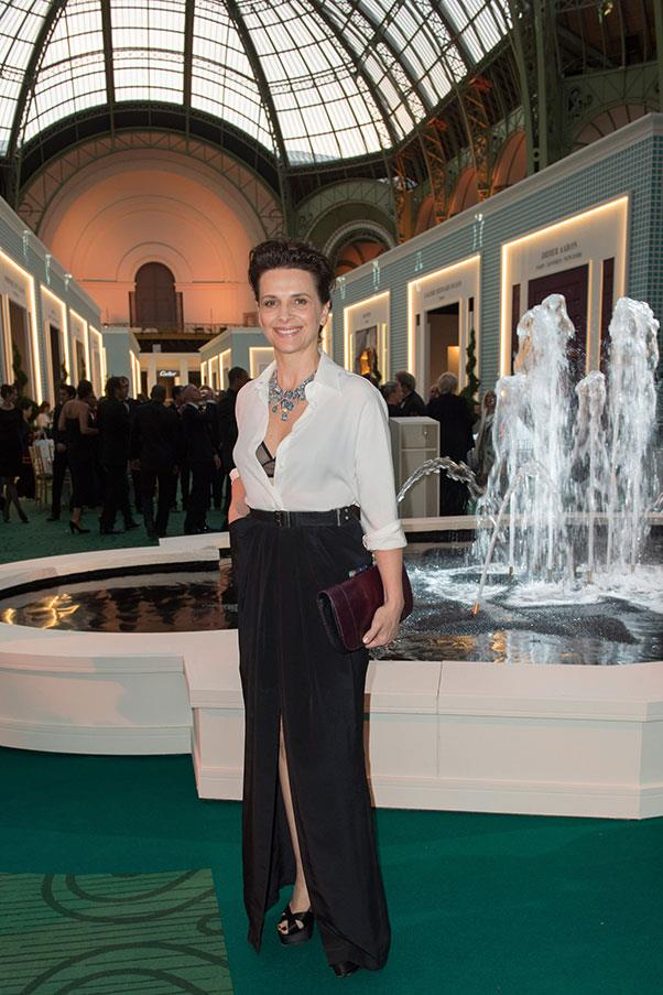 """<strong>JULIETTE BINOCHE</strong><BR><BR> """"The French style has wonderful creators that bring this love of shape to their clothes. A high hairstyle or high-end clothes style is a handsome layering of art. You can 'have' elegance but I think, most importantly, French women don't overdress."""" - to <em><a href=""""http://www.news.com.au/lifestyle/french-actress-juliette-binoche-reveals-her-secrets-of-parisian-style/story-fneszs56-1227509882231"""">news.com.au</a></em>"""