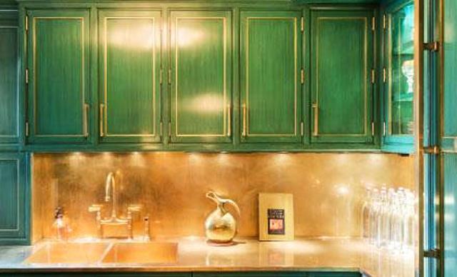 Cameron Diaz lists New York apartment