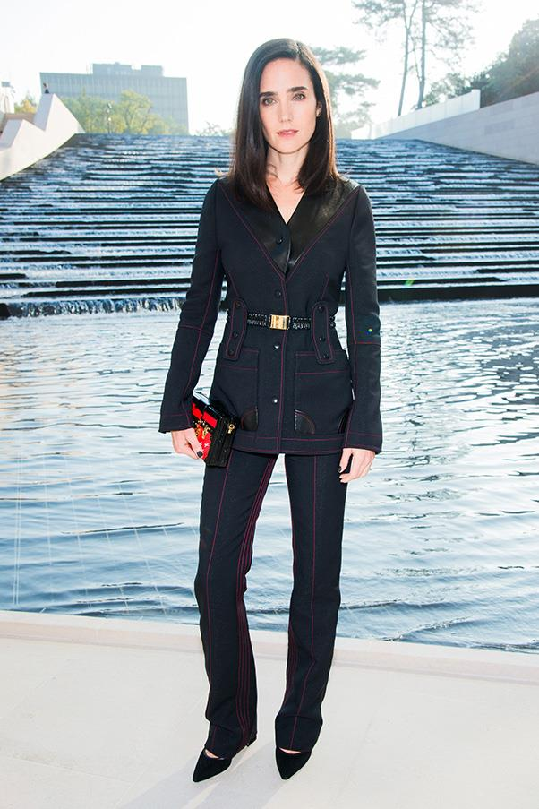 <strong>6. THE LOUIS VUITTON 'PETITE MALLE' </strong><BR><BR> Jennifer Connelly