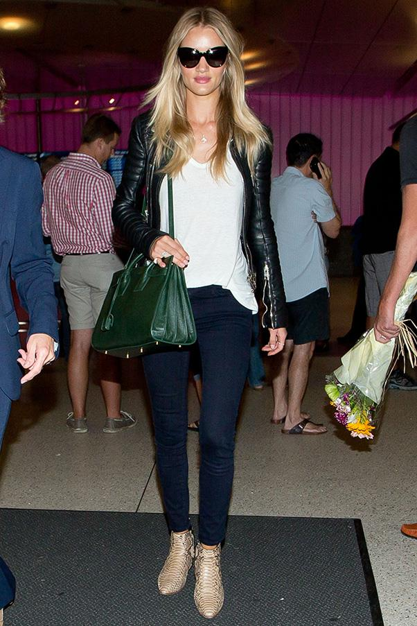 <strong>7. THE SAINT LAURENT 'SAC DE JOUR' TOTE </strong><BR><BR> Rosie Huntington-Whiteley