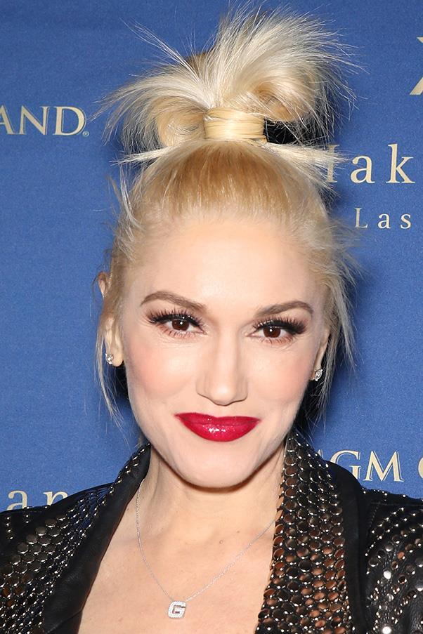 1. THE AVANT-GARDE KNOT<br><br> Gwen Stefani