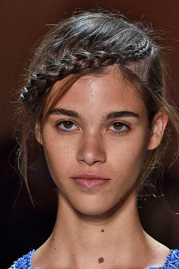 <strong>3. BRAIDS</strong><BR><BR> Herve Leger by Max Azria