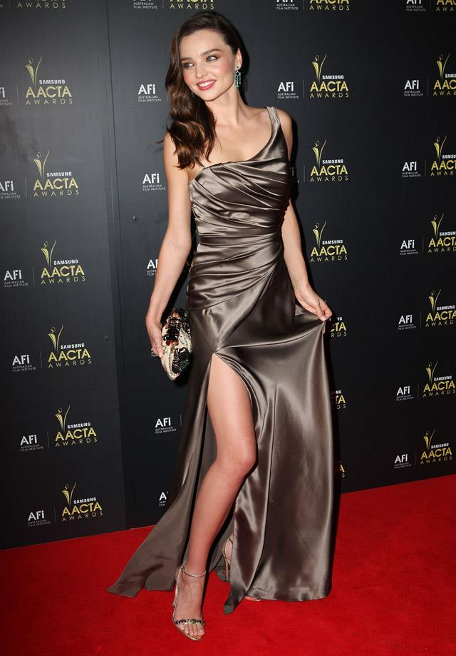 <strong>January 31, 2012</strong><br><br> Miranda wore a Colette Dinnigan gown on the red carpet of the 2012 AACTA awards in Sydney.