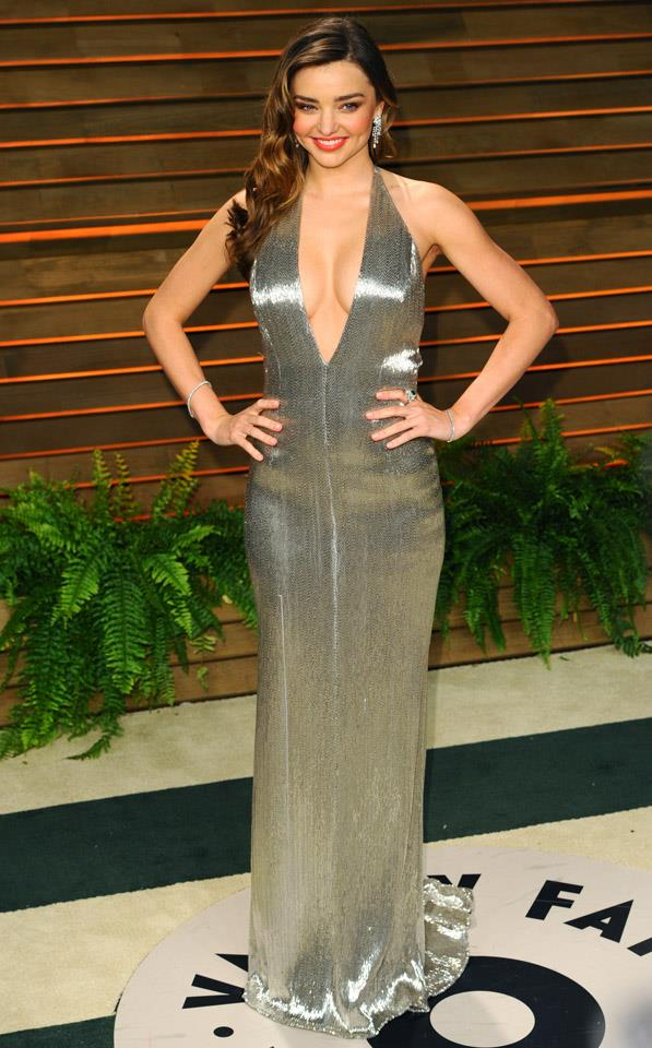 <strong>March 2, 2014</strong><br><br> Miranda wore a plunging silver Kaufmanfranco gown to the Vanity Fair Oscar after party.
