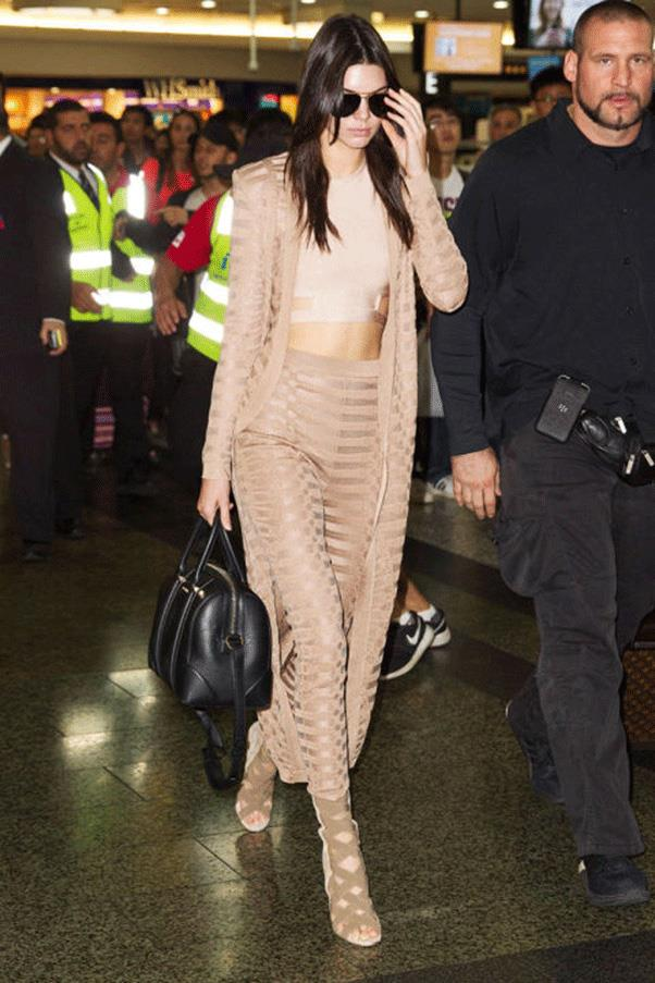 <strong>ALL THE WAY TO THE CROP</strong><br><br> Kendall Jenner
