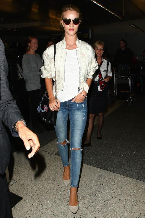 <strong>TRUSTY WHITE T</strong><br><br> Rosie Huntington-Whiteley