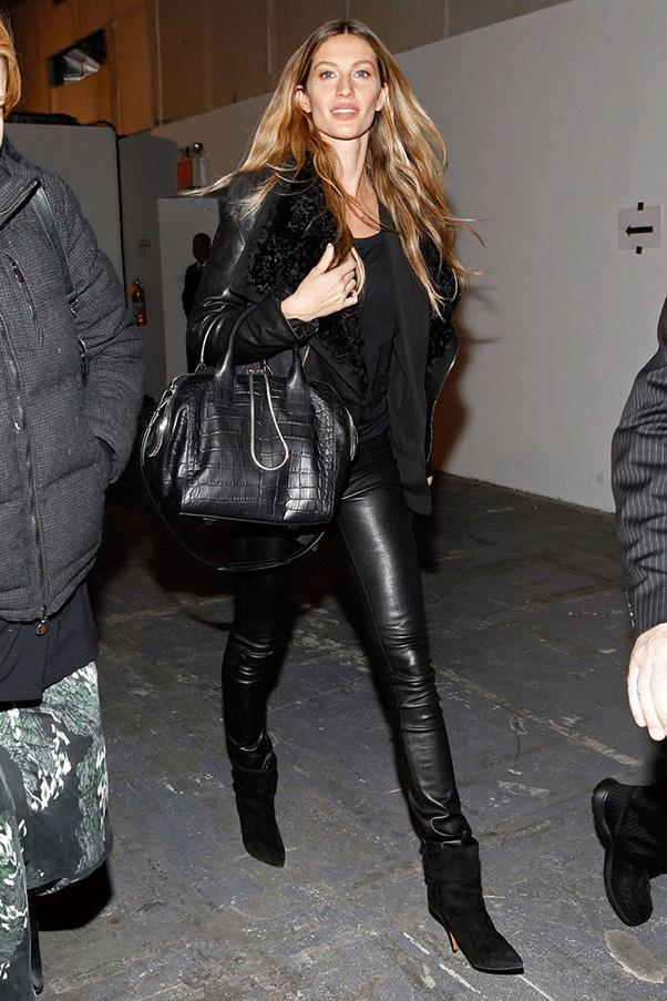 <strong>LEATHERED UP </strong><br><br> Gisele Bündchen
