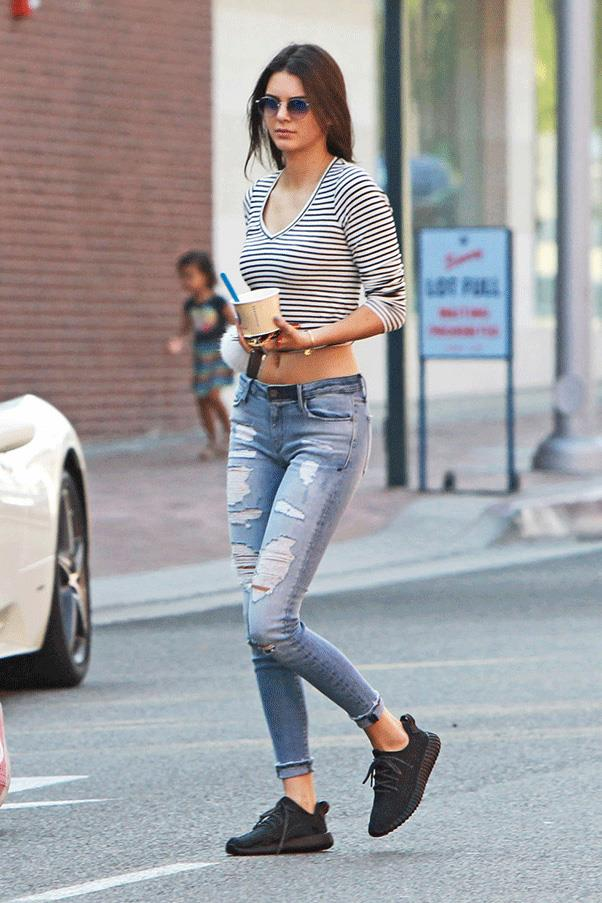 <strong>THE RIGHT STRIPE </strong><br><br> Kendall Jenner