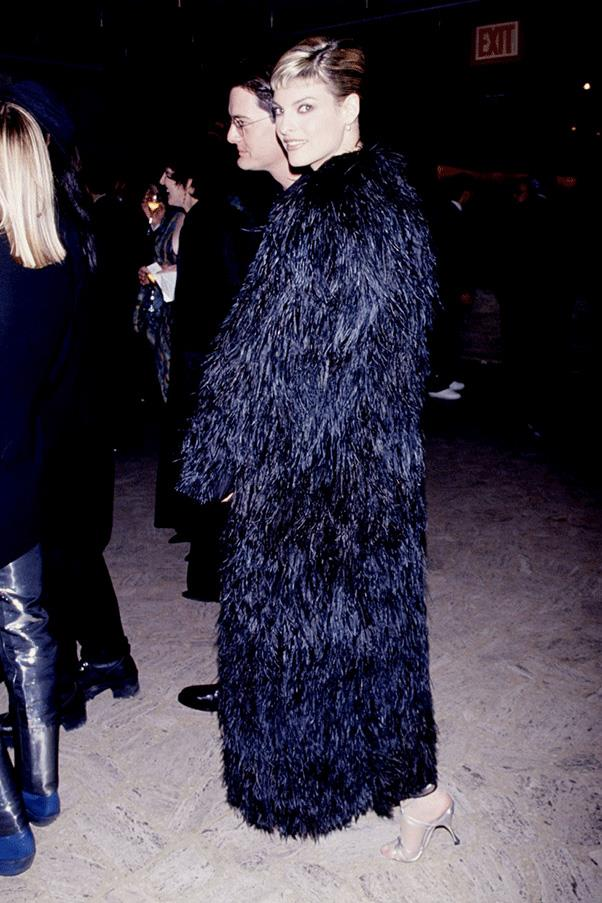 <strong>FUR OUT </strong><br><br> Linda Evangelista