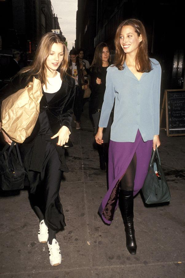 <strong>DRESSED UP DUOS</strong><br><br> Kate Moss and Christy Turlington
