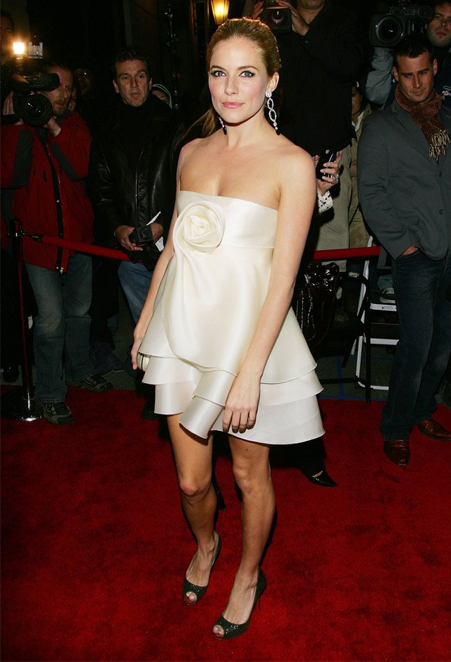 Sienna opted for a sculptured ivory piece while hosting a Marchesa & Bergdorf Goodman Dinner back in 2006.