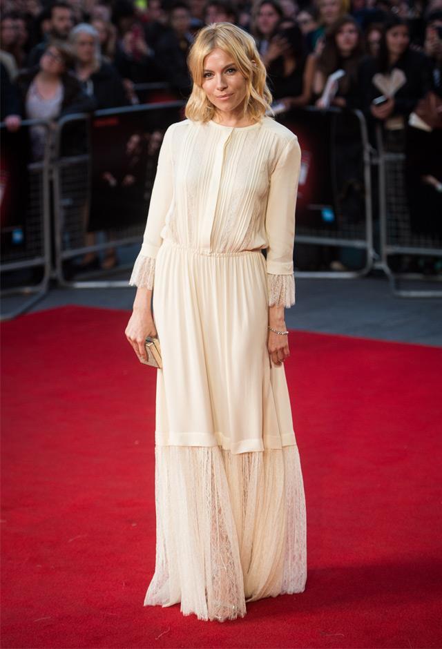 She drew on her signature boho chic aesthetic in Michael Kors at the BFI London Film Festival, 2015.
