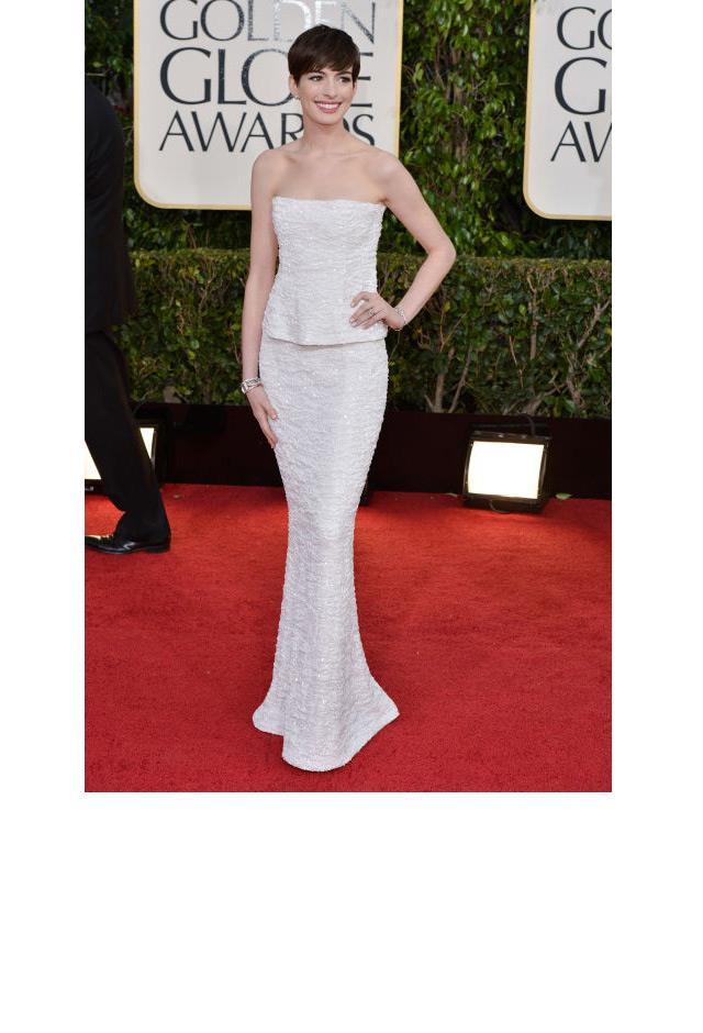 <strong>Anne Hathaway, 2013</strong> <br><br> In Chanel Couture.