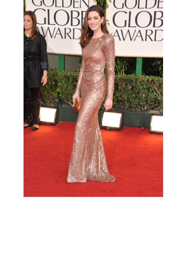 <strong>Anne Hathaway, 2011</strong> <br><br> In Armani Privé.