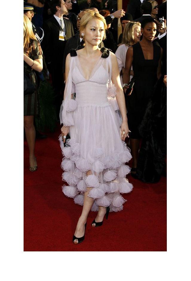 <strong>Rinko Kikuchi, 2007</strong> <br><br> In Chanel.