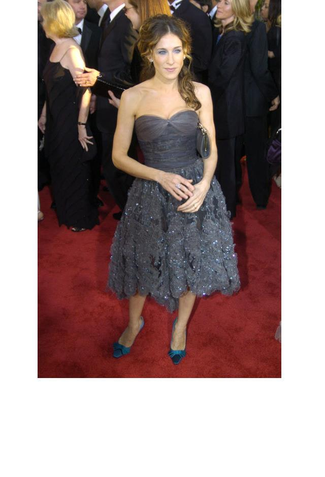 <strong>Sarah Jessica Parker, 2004</strong> <br><br> In Chanel.