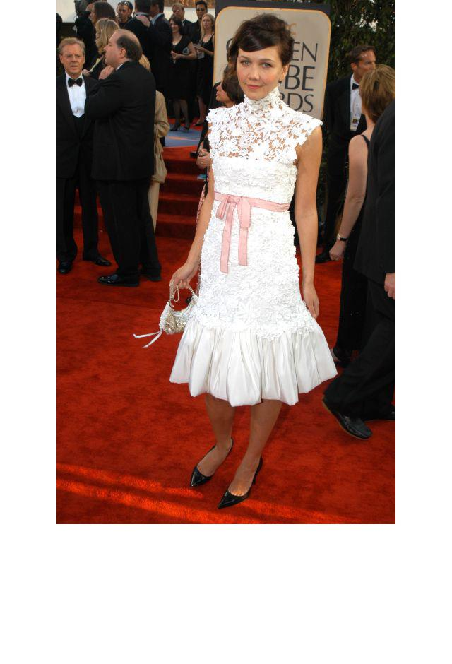 <strong>Maggie Gyllenhaal, 2003</strong> <br><br> In Chanel.
