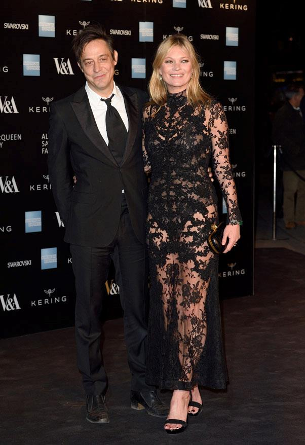 With husband Jamie Hince at the 'Alexander McQueen: Savage Beauty' exhibition in 2015.