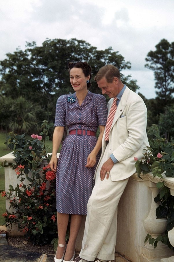 <strong>1937</strong> <br><br> Wallis Simpson and Edward III, Prince of Wales.
