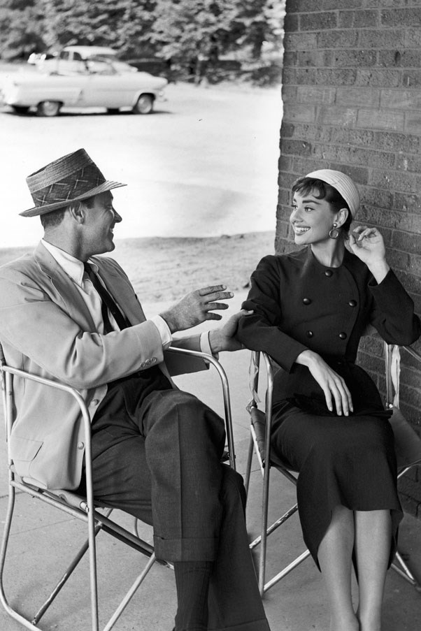 <strong>1953</strong> <br><br> William Holden and Audrey Hepburn