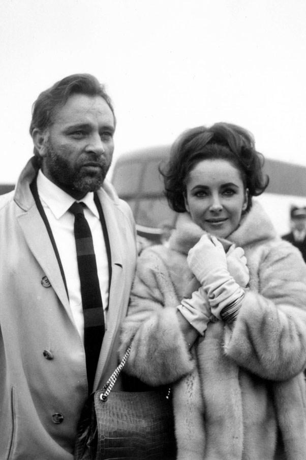 <strong>1964</strong> <br><br> Richard Burton and Elizabeth Taylor