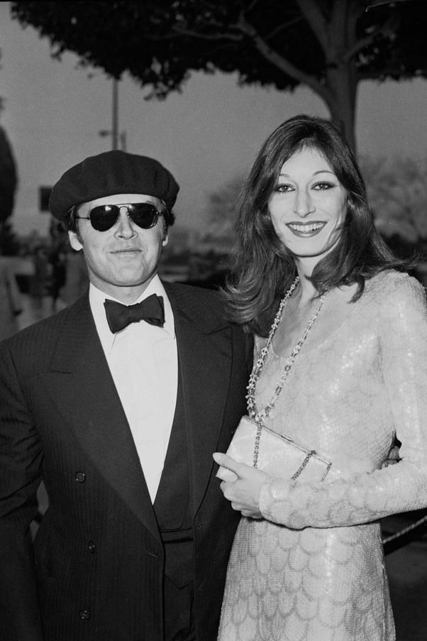 <strong>1976</strong> <br><br> Jack Nicholson and Anjelica Huston