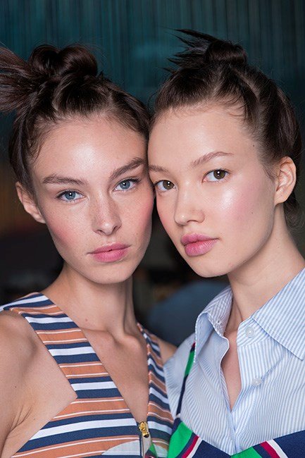 """<strong>Step 5: Get Serious About Your Skincare Regime</strong> <br><br> We hate to break it to you, but once over the age of 30 your skincare needs change. Meaning, at some point you will need to upgrade your beauty arsenal. Not convinced? Take baby steps by initially subbing in a specially formulated overnight treatment, and look for active ingredients that target the signs of ageing - like hyaluronic acid for moisture, amino acids to aid collagen and elastin production, and alfalfa extract to repair skin while you sleep. Try Elizabeth Arden's <a href=""""http://www.elizabetharden.com.au/locator/"""">Ceramide Overnight Firming Mask</a>, $115."""