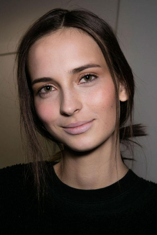 <strong>DEREK LAM</strong> <br><br> Soft pinks were seen at Derek Lam, too. While the make-up was pretty and feminine, the hair was fastened in a quick, undone knot. <br><br> <em>Imaxtree</em>