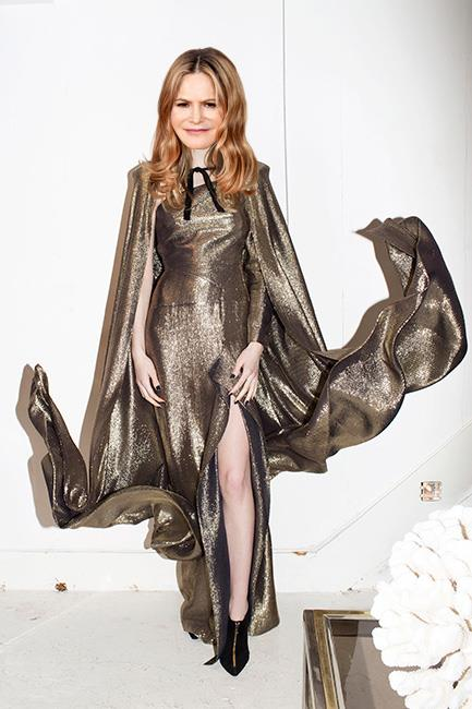 <strong>Jennifer Jason Leigh</strong><br><br> Roland Mouret pre-fall<br><br> <em>The Hateful Eight</em> actor seems to have something going on with Roland Mouret this awards season – and why not? It's certainly working for her. This gold number from pre-fall, complete with dramatic cape, ups the ante to Oscar-worthy levels.