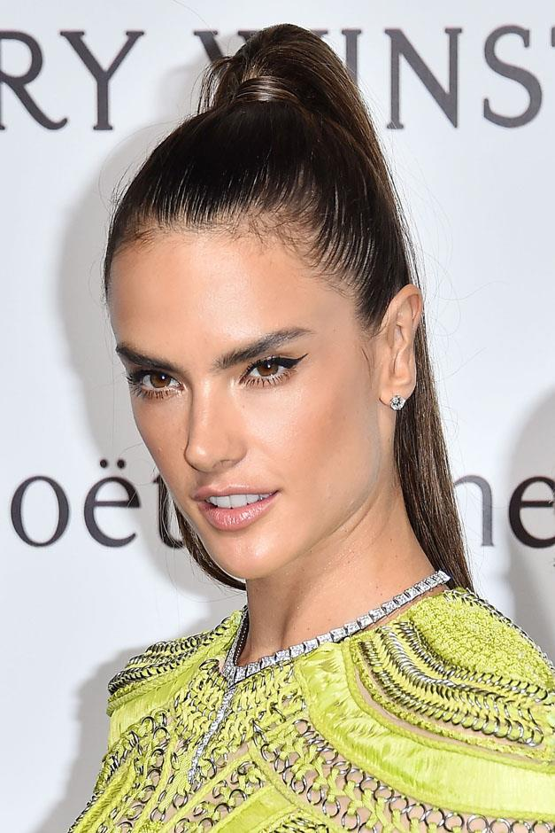 <strong>Sky high</strong> <br><br> Alessandra Ambrosio