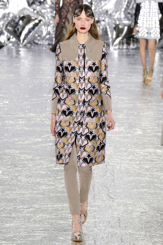 "<strong>Mary Katrantzou</strong> <br><br> Hearts, unicorns, stars and young love. Set against a foil backdrop and hundreds of silver balloons that was all very Warhol-ian, Mary Katrantzou took on romance at the American rodeo. ""The Longest Ride"" this thankfully was not as the designer cribbed cowboy yokes and fine detailing, melding it with her vibrant colours and textures. She said it best herself: ""Rodeo and Juliet."""