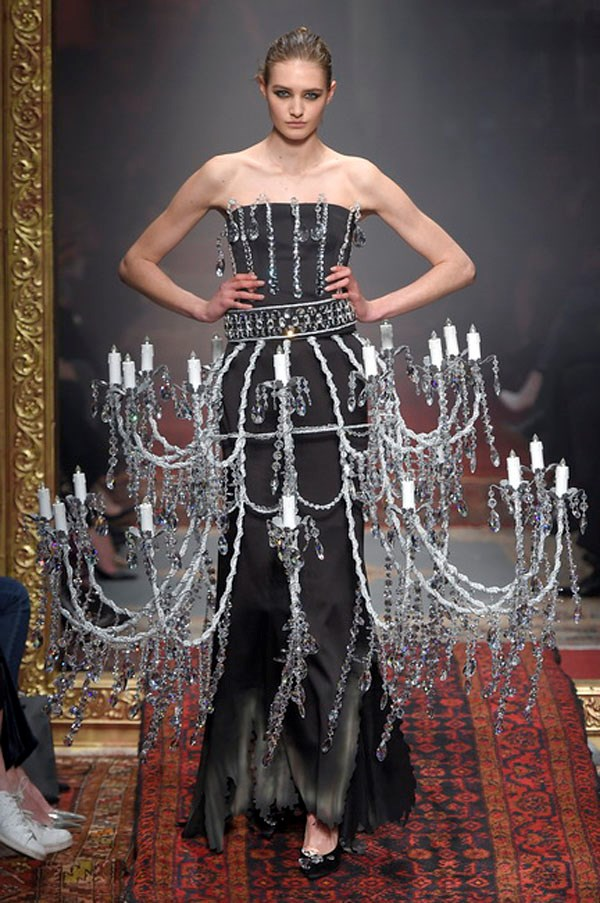 <strong>MOSCHINO</strong><BR><BR> And chandelier earrings? Puh-lease, says Scott. Go for the chandelier dress. Other than the mechanics of getting in a cab and through the door, it moved pretty nicely and certainly would light up any room. (Get it?)
