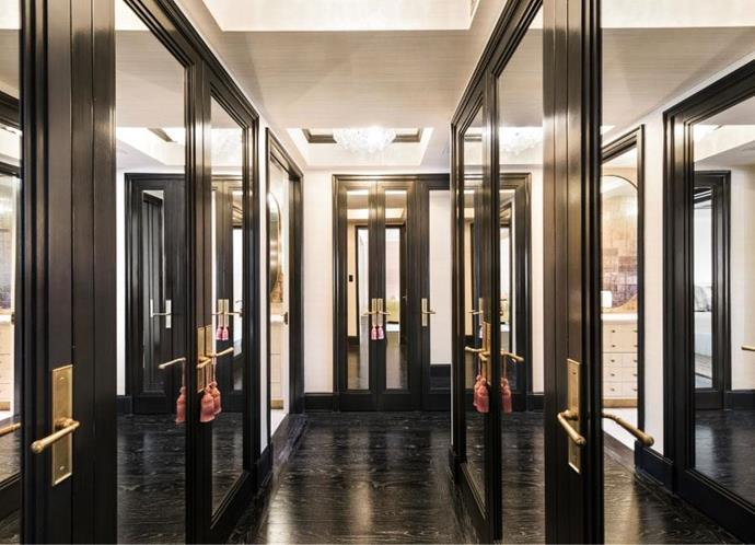 <strong>Cameron Diaz</strong> <br><br> A corridor of mirrored closets? Yes please.
