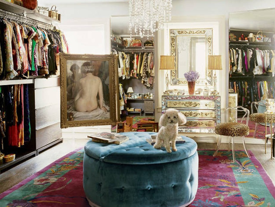 The second must-have for every celebrity wardrobe? Life-size paintings. Nanette Lapore's is grand.