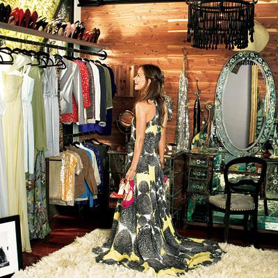 <strong>Olivia Wilde</strong> <br><br> What's a wardrobe without a shag pile rug?