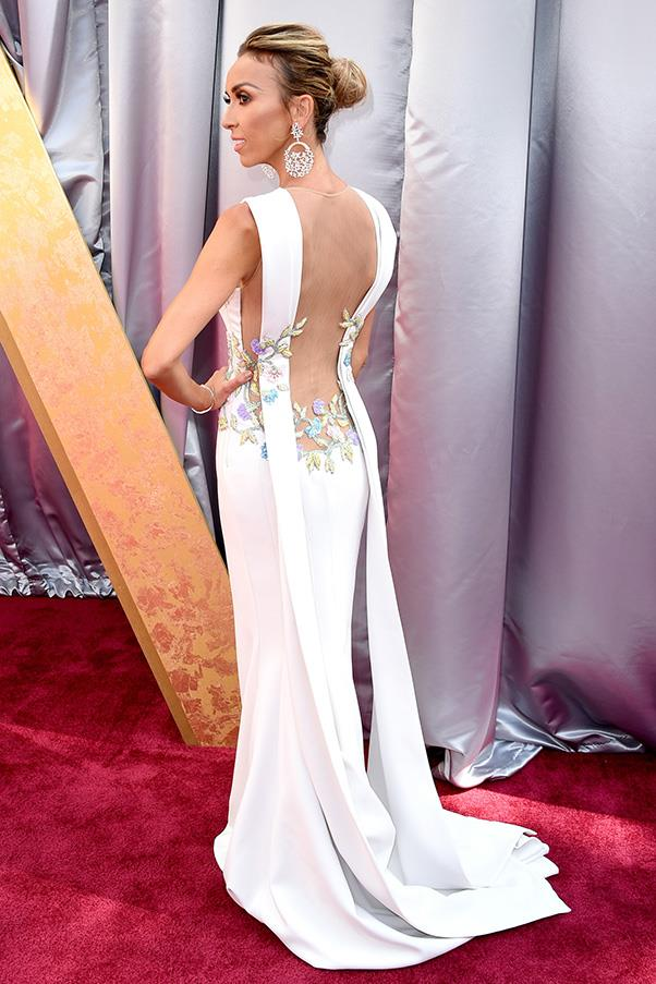 """<strong>Guiliana Rancic:</strong> <br><br> """"I wonder if John Galliano has seen Giuliana Rancic's dress? I doubt he has but I'm sure it would remind him of that incredible backless Dior dress he created for Cate Blanchett in 1999 with the hummingbird and floral design Lesage embroidery."""" - Kellie Hush, editor in chief"""