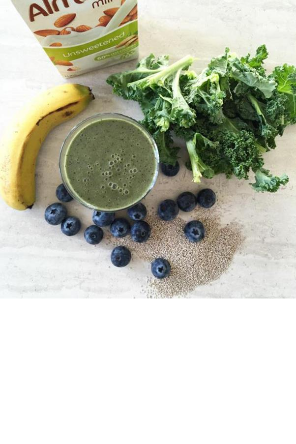 """<strong>Trade One Meal for a Smoothie</strong> <br><br> """"The more options we have for food, the more mistakes we can make, and that can slow down the weight loss process,"""" says Manuel Villacorta, R.D., founder and author of <a href=""""http://www.wholebodyreboot.com/"""">Whole Body Reboot</a>. """"By having one or two smoothies in place of meals, you don't really need to think about how healthy your meal is."""" But beware of how you build your drink, as it's easy to slurp down one that's loaded with sugar. """"A healthy smoothie should be no more than 1.5 cups per serving and be balanced with fruits, vegetables, and healthy fats like avocado, chia seeds, or flaxseeds,"""" says Manuel. A good rule of thumb: Drink the rainbow. Different fruits and vegetables offer different vitamins, along with different phytochemicals (the molecules that fight disease and repair your body). So sticking to just blue or pink (we're looking at you, blueberries and raspberries) means you're limiting the good nutrients your body is getting. <br><br> Image: <a href=""""https://www.instagram.com/rachael_finch/?hl=en"""">@rachael_finch</a>"""