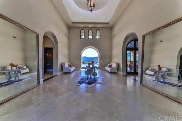 The grand, yet minimalist, entryway.