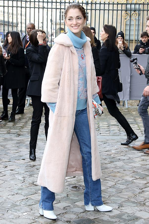 Outside Dior A/W 2016
