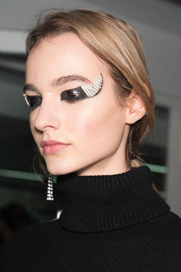 <strong>GLITTER BOMB</strong><BR><BR> Anthony Vaccarello