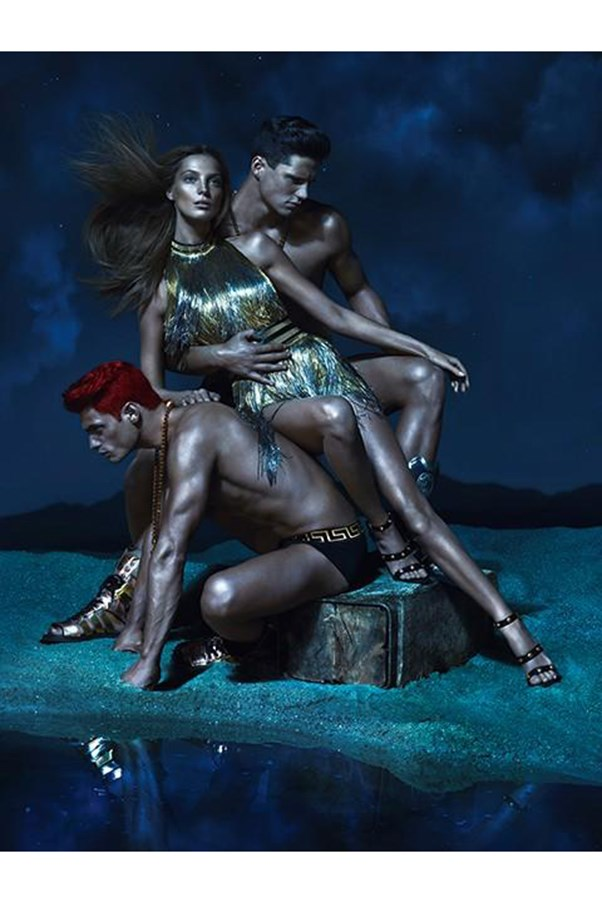 <strong>Versace S/S 2013</strong><br><br> Shot by Mert Alas and Marcus Piggott<br> Art direction by Giovvani Bianco<br> Styled by David Bradshaw and Melanie Ward<br> Set design by Andrea Stanley<br>