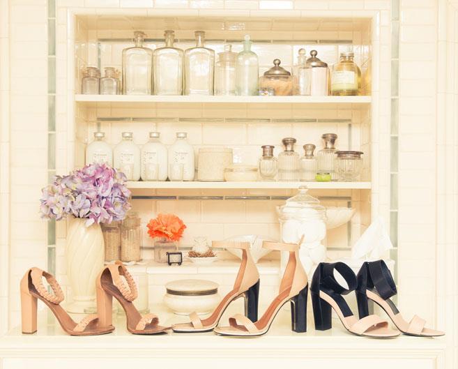 A parfumerie lies hidden in the closet.